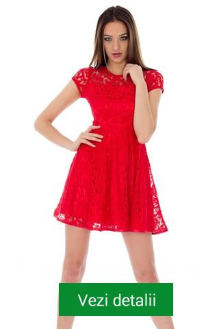 Rochie de ocazie rosie din dantela