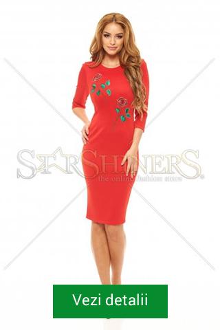 Rochie rosie de Craciun cu lungime decenta