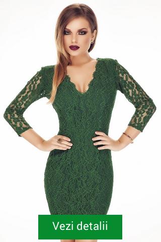 Rochie verde cu dantela si maneca lunga