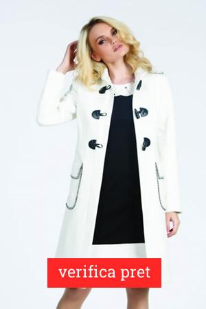 Palton alb redus cu 50%