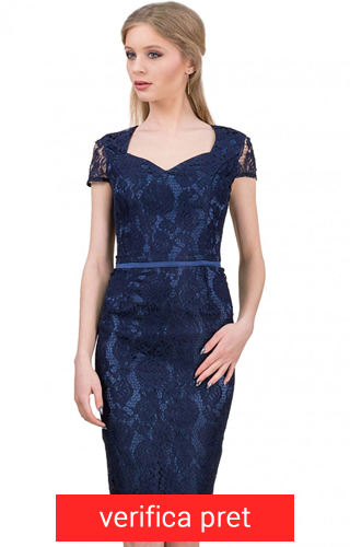 rochie din dantela albastra trei sferturi