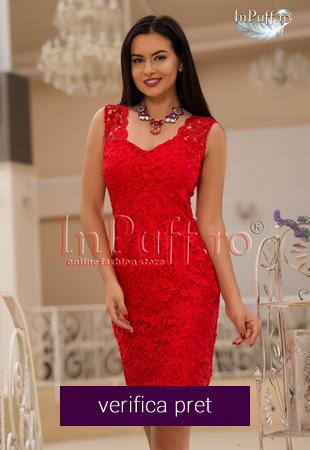 Rochie de seara cu broderie rosie