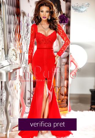 Rochie lunga rosie despicata in fata