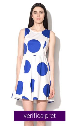 Rochie alba cu buline albastre