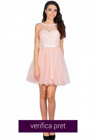 Rochie de ocazie roz cu flori si perle