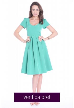 Rochie verde clos din stofa eleganta